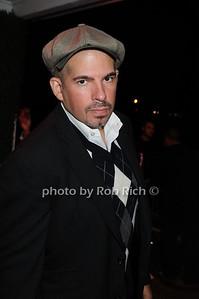 Ross photo by Rob Rich © 2008 516-676-3939 robwayne1@aol.com