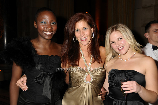 Nadia Jenkins Johnston, Barrie Harmelin,Meghan McKinley <br /> photo by Rob Rich © 2009 robwayne1@aol.com 516-676-3939