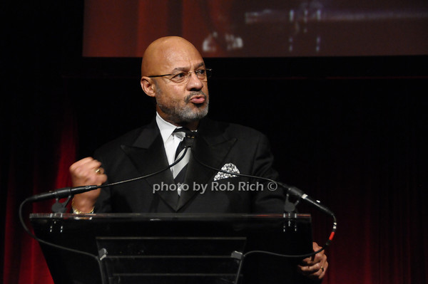 Dennis Archer<br /> photo by Rob Rich © 2009 robwayne1@aol.com 516-676-3939