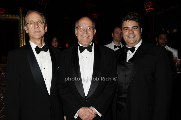 Thurston Moore, Geogre Hettrick, Wally Martinez<br /> photo by Rob Rich © 2009 robwayne1@aol.com 516-676-3939