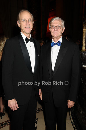 Thurston Moore, Taylor Rezeley<br /> photo by Rob Rich © 2009 robwayne1@aol.com 516-676-3939