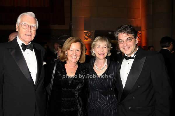 Alex Forger, Verne Forger, Lynda Webster, Scott Edelman<br /> photo by Rob Rich © 2009 robwayne1@aol.com 516-676-3939