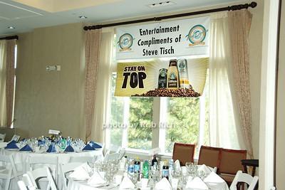 sponsors photo by Rob Rich © 2008 robwayne1@aol.com 516-676-3939