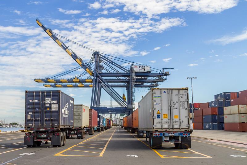 160217-crane-trailer-TEU-017