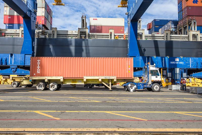 160217-ship-Truck-TEU-026