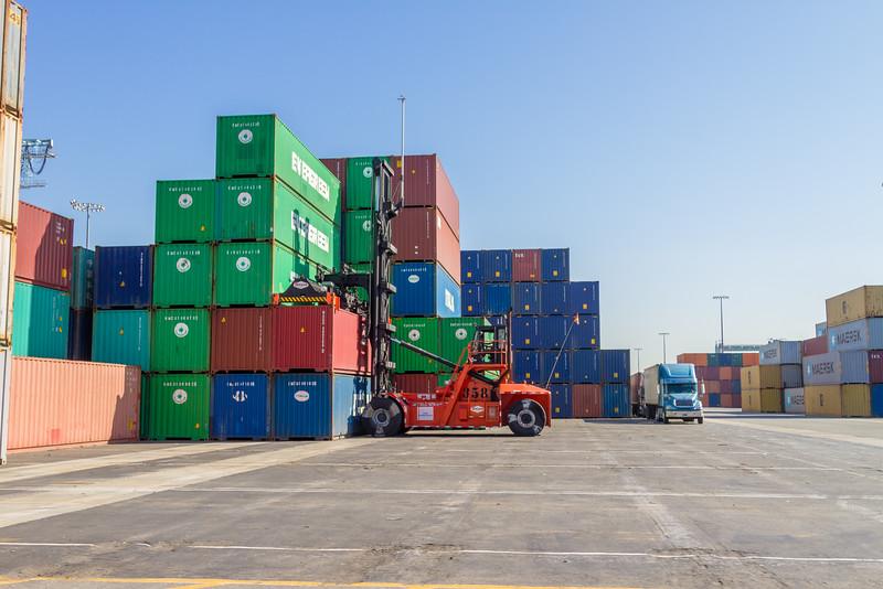 160225-loader-teu-truck-095