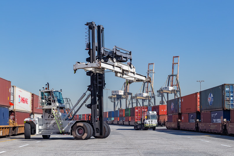 160225-rail-truck-loader-153