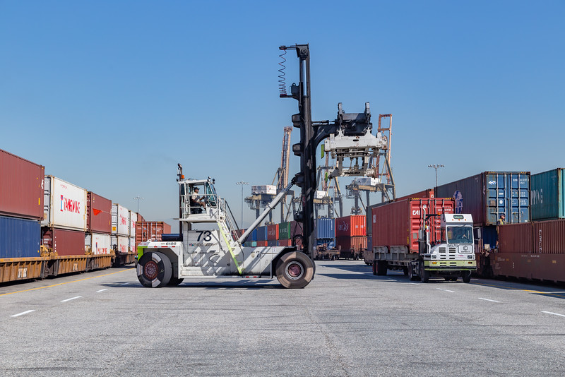 160225-rail-truck-loader-157