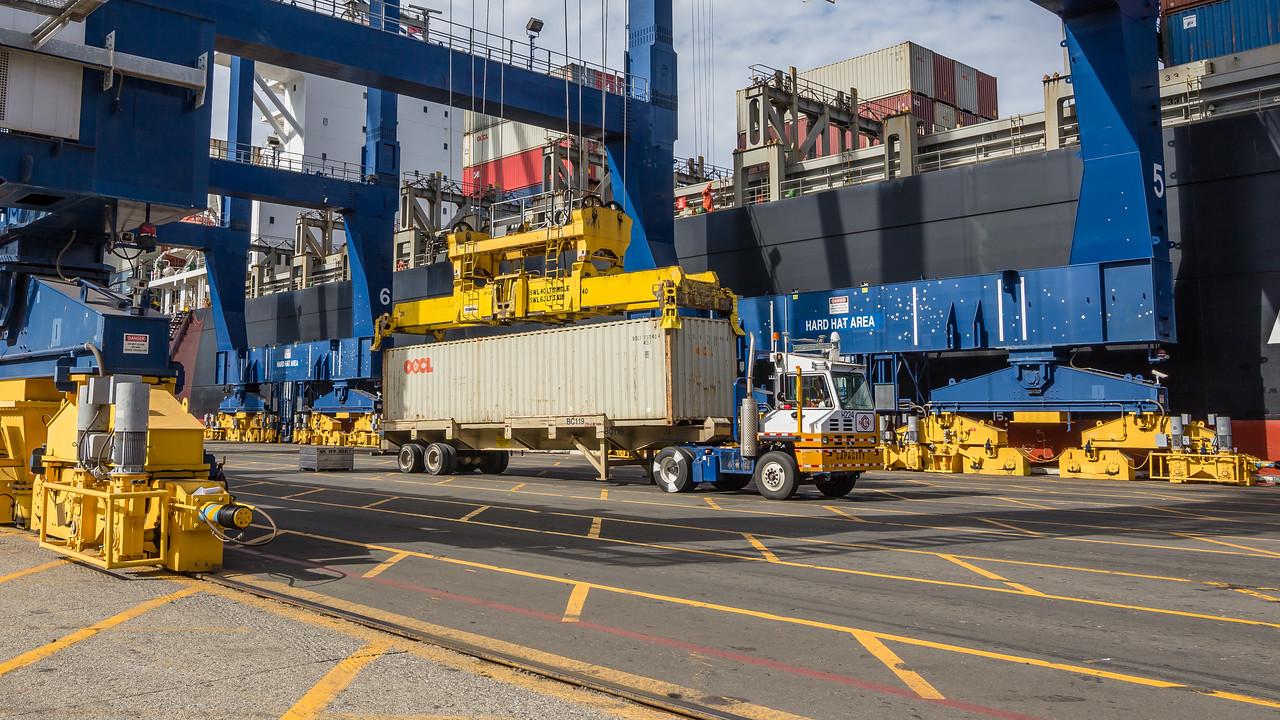160217-crane-Truck-TEU-024