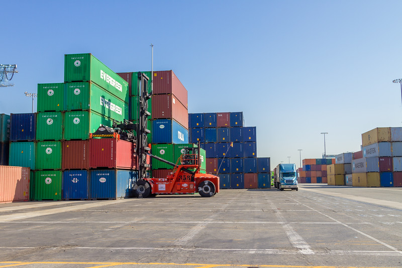 160225-loader-teu-truck-094