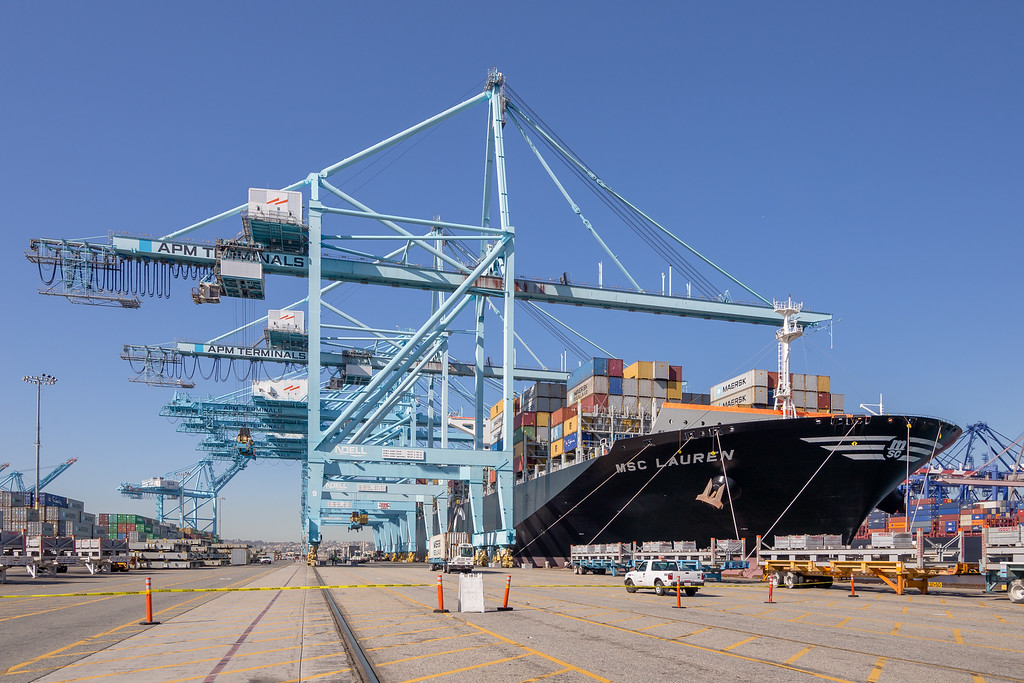 160225-ship-crane-116