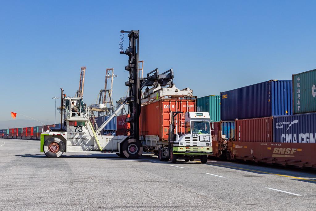 160225-rail-truck-loader-149