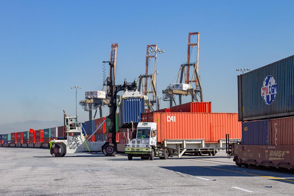 160225-rail-truck-loader-144