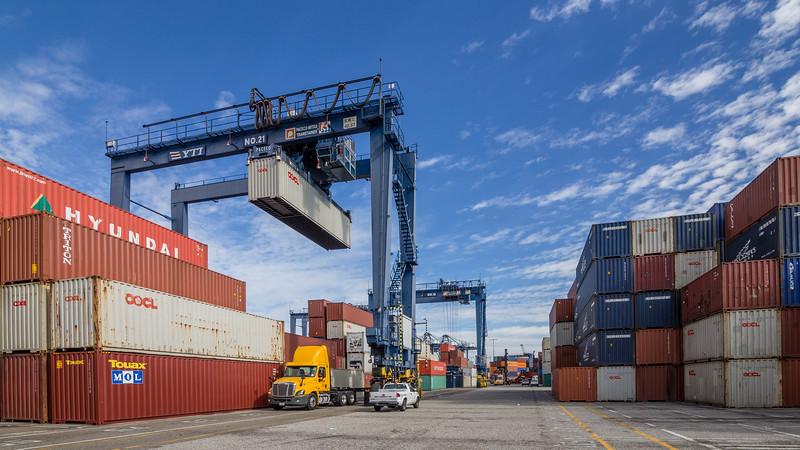 160217-crane-Truck-TEU-013