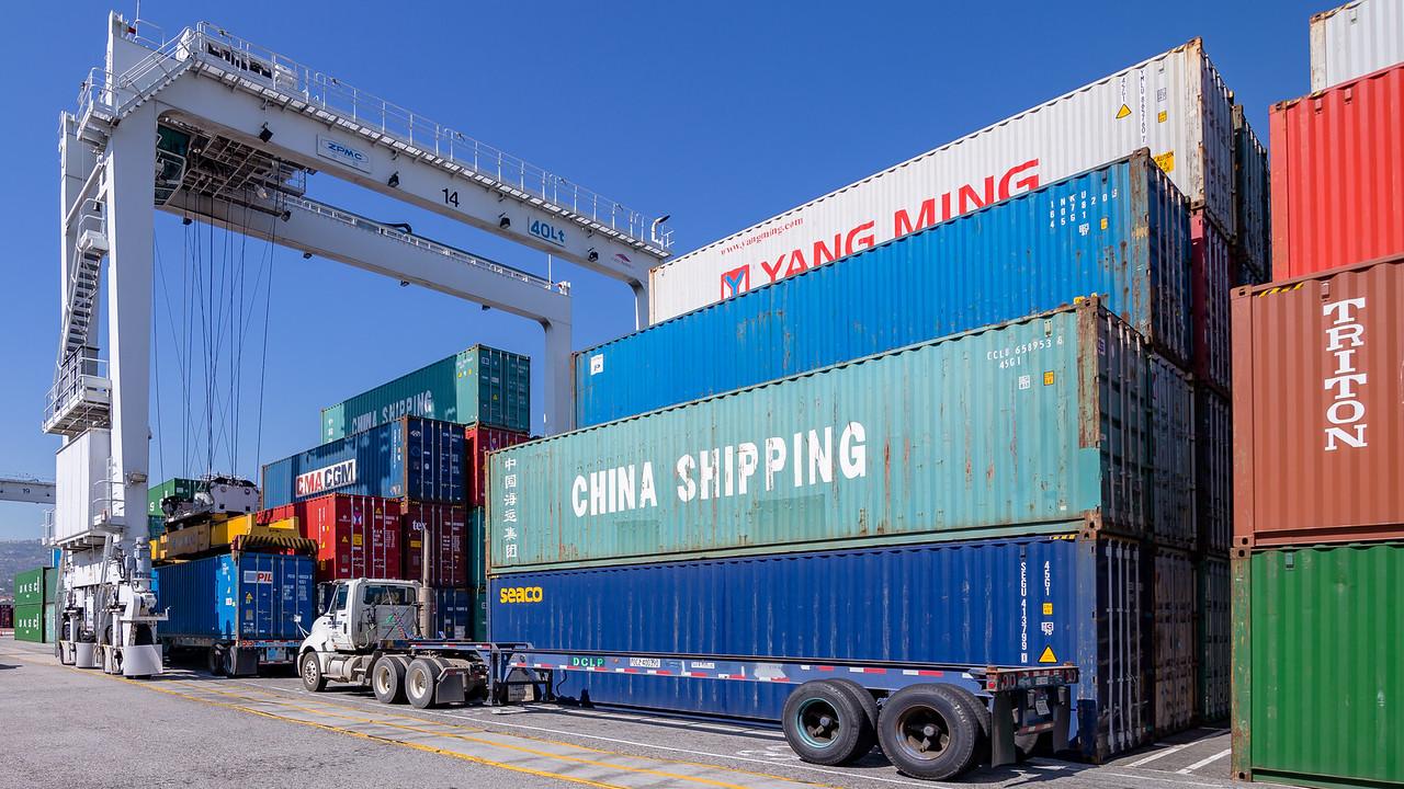 160225-crane-truck-TEU-170