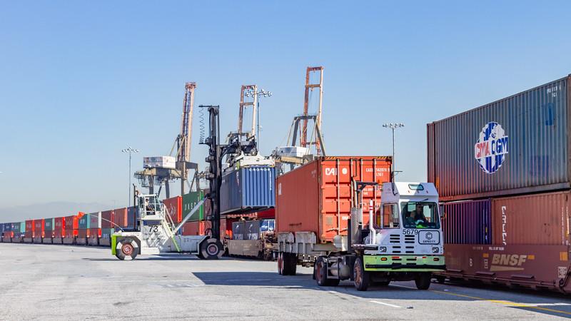 160225-rail-truck-loader-147