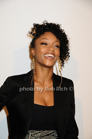 Yaya DaCosta <br />   photo  by Rob Rich © 2009 robwayne1@aol.com 516-676-3939