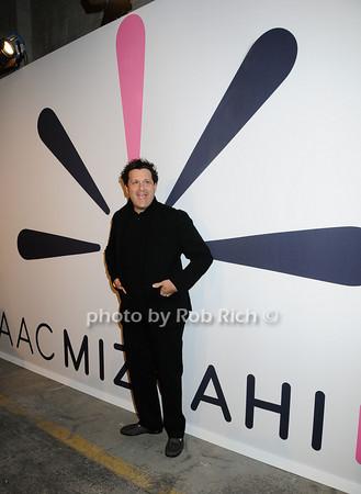 Issac Mizrahi<br />   photo  by Rob Rich © 2009 robwayne1@aol.com 516-676-3939