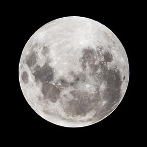 Full moon. 4 April 2015, h22:30