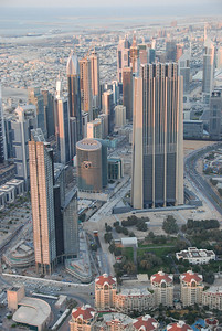The Marooj Rotana hotel at the front, one of many royal palaces behind it and then the DIFC area.