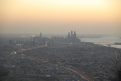 Sheikh Zayed Road snaking into the distance towards the marina.