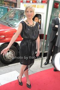 Edie Falco photo  by Rob Rich © 2009 robwayne1@aol.com 516-676-3939