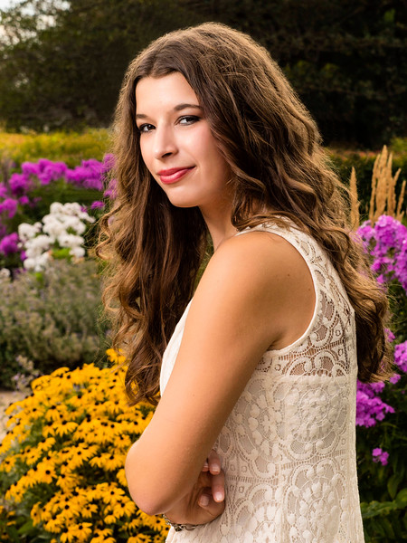 Minneapolis, MN - Thea Hamre @ Lake Harriett in Minneapolis - Senior Photo. Photo by © Todd Buchanan 2016 Contact Info: todd@toddbuchanan.com