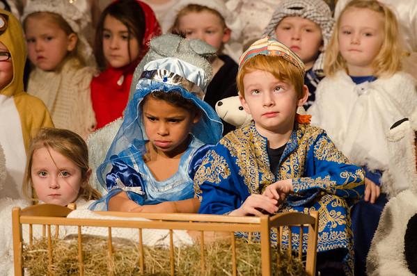 P1 Nativity (9 of 15)
