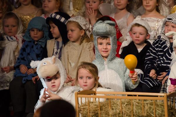 P1 Nativity (6 of 15)