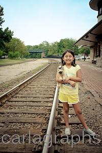 Anna Full on Tracks-2688