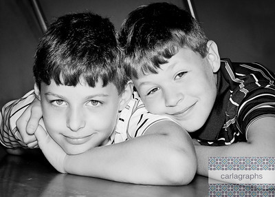 Brothers bw-