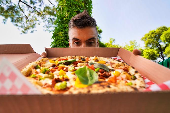 travel blog pizza