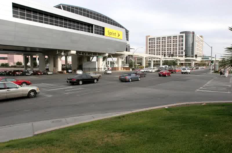 Intersection of Desert Inn and Paradise, Las Vegas, 5/07. Shot at 1 frame/second.