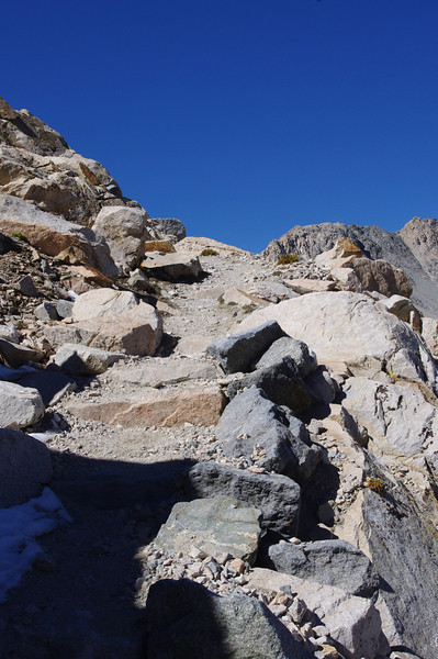 glen pass gains over 1500 feet in a couple of miles: unrelenting