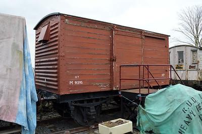 M91395 12t Vent Van.