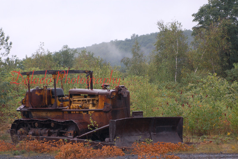 An old rustic bulldozer in Coal Township.