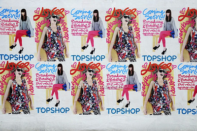 Manhattan Topshop billboard photo by Rob Rich © 2009 robwayne1@aol.com 516-676-3939