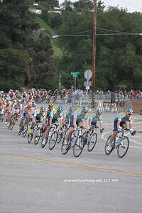Stage 7-Astana leads peloton around Rose Bowl