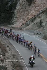 Stage 7-Astana leads peloton up Tujunga Canyon