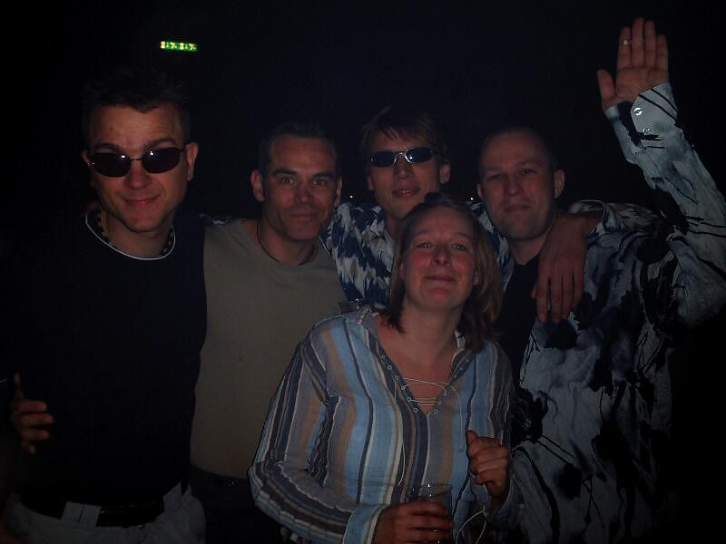 The gang (Sjoerd, Rob, Arjen, Sander and Femke).<br /> Martin took this pic.