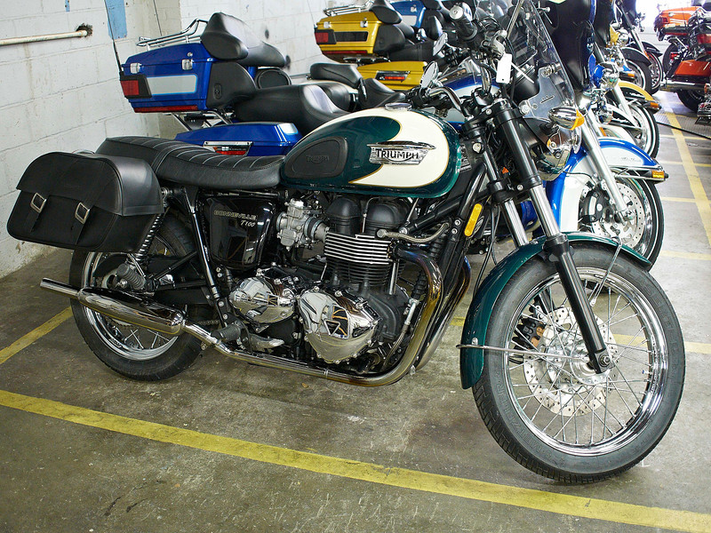 Getting A Nice Used 2009 Bonneville T100 With Accessories Triumph