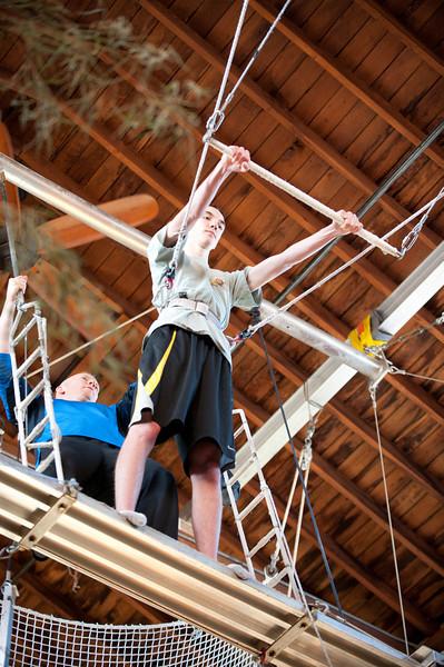 trapeze-022511--6138