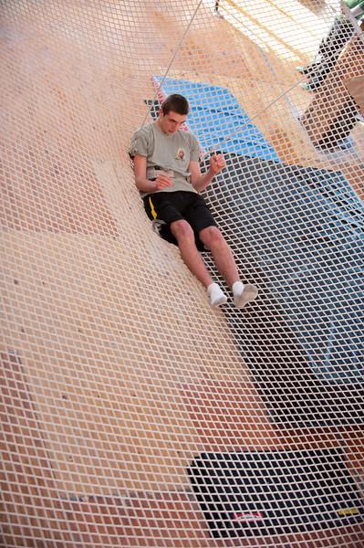 trapeze-022511--6059