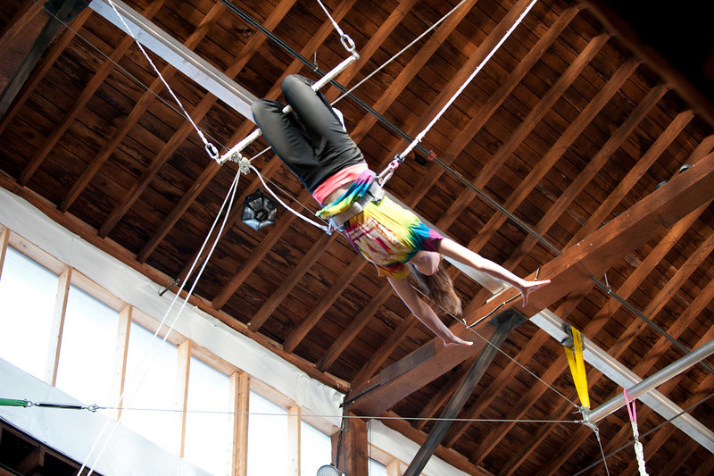 trapeze-022511--6203