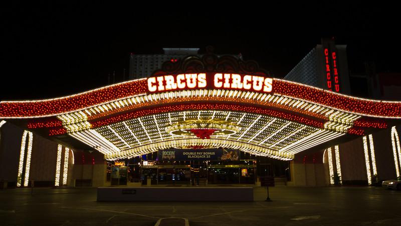 Vegas Circus
