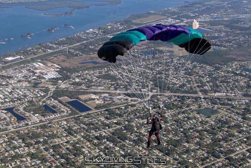 2014-03-15_skydive_sebastian_0274