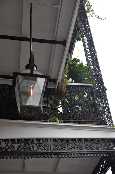 Gas lanterns adorned many front entrances and porches.