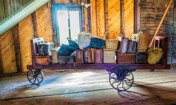 Luggage Cart - Grosse-Ile