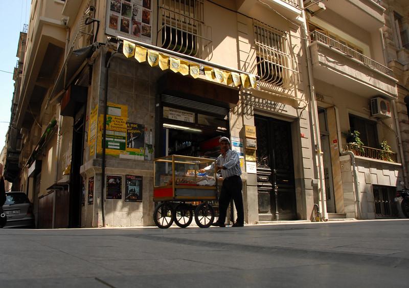 Street vendor, Beyoglu district, Istanbul, Turkey.