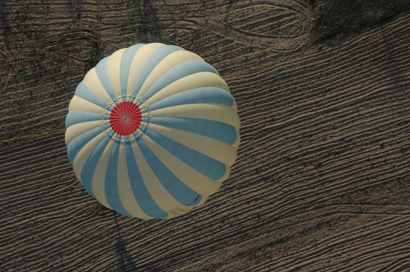 Kapadokya Balloons' daily dawn flight. Owner Lars-Eric More pilots the flight himself.